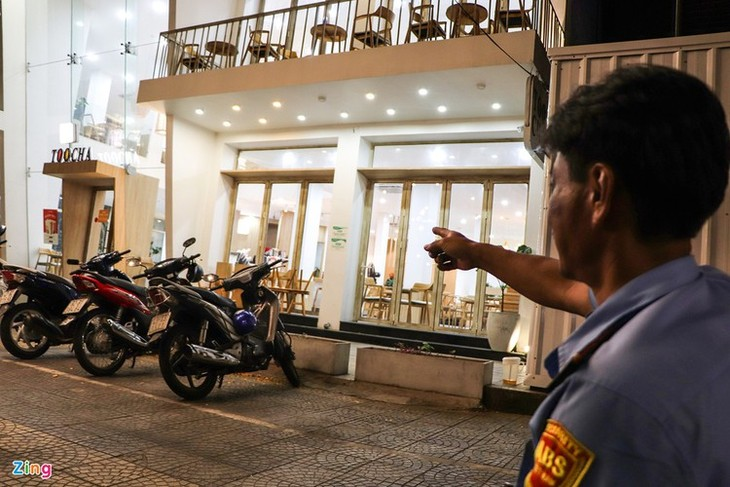 Da Nang falls quiet on first night of latest social distancing order - ảnh 5