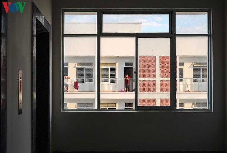 COVID-19: Inside a concentrated quarantine facility in Da Nang hotspot - ảnh 12