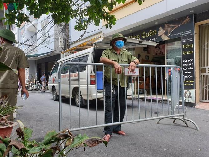 Hanoi's Nam Tu Liem district disinfected following suspected positive COVID-19 case - ảnh 6
