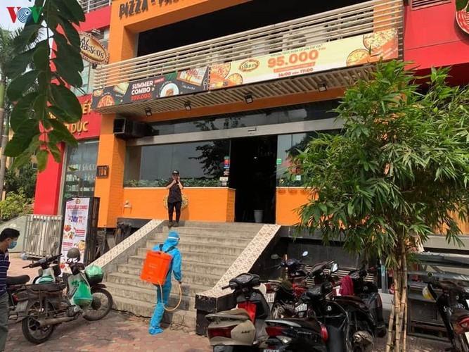 Hanoi's Nam Tu Liem district disinfected following suspected positive COVID-19 case - ảnh 8