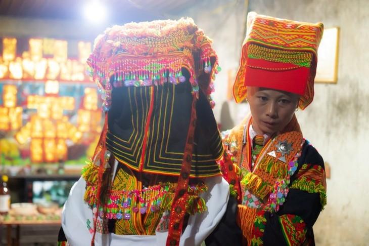 Late night weddings a Dao community staple - ảnh 7