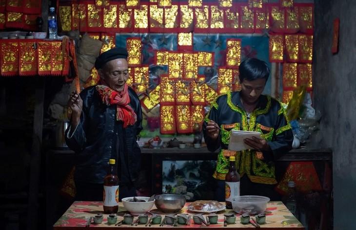 Late night weddings a Dao community staple - ảnh 9