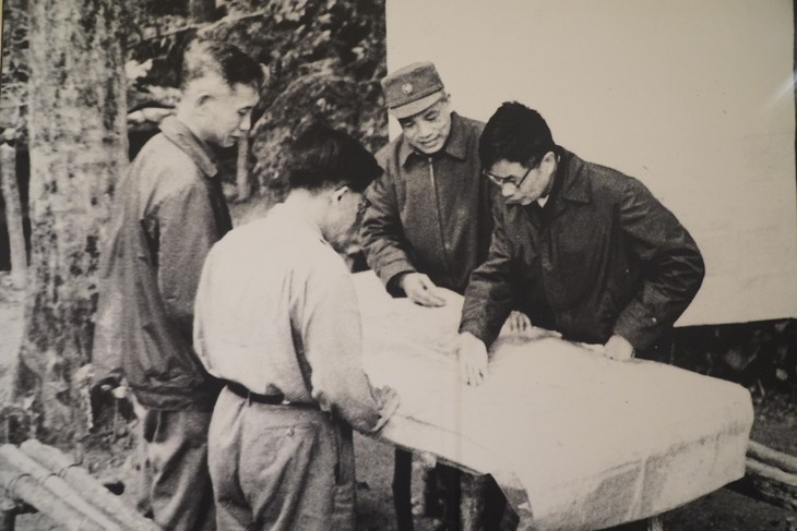 50 năm chiến thắng Đường 9- Nam Lào qua những bức ảnh lịch sử - ảnh 7