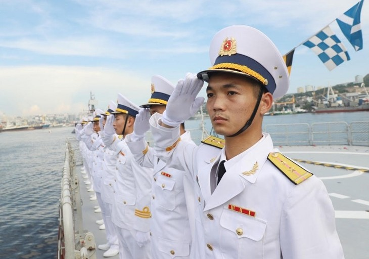 Vietnamese Navy Gepard frigates join military parade in Russia - ảnh 1