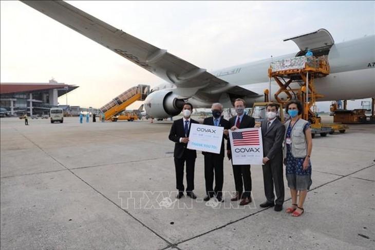 1.5 million doses of Moderna vaccines arrive in Vietnam - ảnh 1