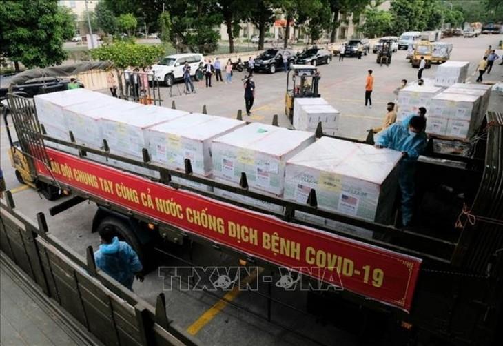 1.5 million doses of Moderna vaccines arrive in Vietnam - ảnh 6