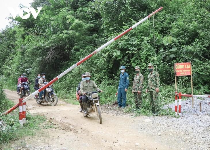 Biên phòng Điện Biên vừa chống dịch vừa giữ vững biên cương - ảnh 8