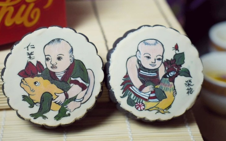 Unique moon cakes hit market ahead of Full Moon Festival - ảnh 1