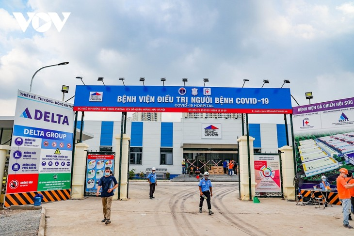 Inside largest field hospital in Hanoi for COVID-19 treatment - ảnh 3
