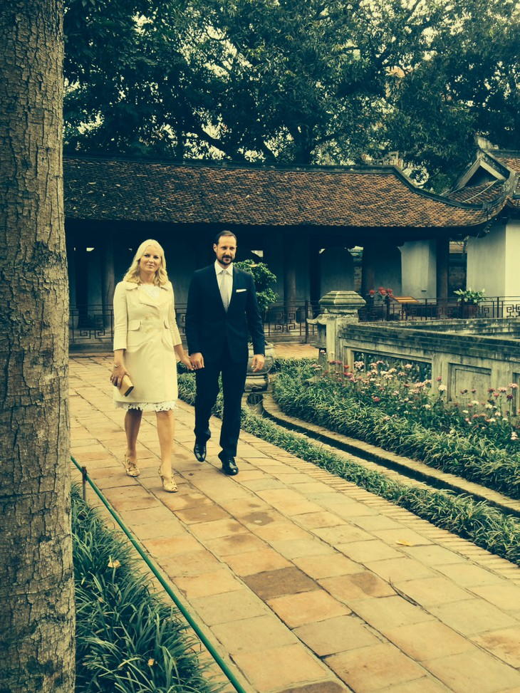 Norway Crown Prince's visit opens prospects for bilateral cooperation  - ảnh 1