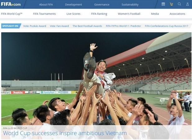 FIFA lauds Vietnam's football achievements - ảnh 1