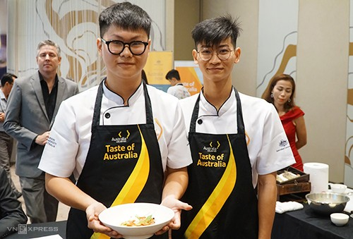 Roasted lamb with vegemite sauce wins Taste of Australia Culinary Competition 2019 - ảnh 1