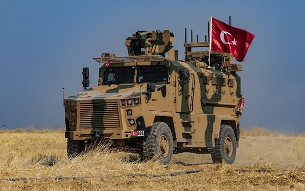 US to step aside for Turkish offensive in Syria - ảnh 1