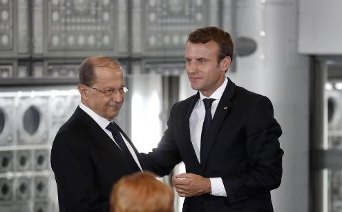 French President arrives in Lebanon after Beirut blasts - ảnh 1