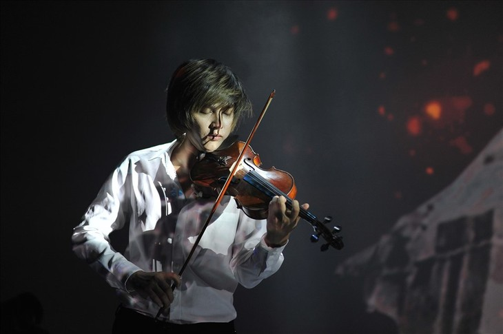 Young talented violinist on the thorny path to success - ảnh 2