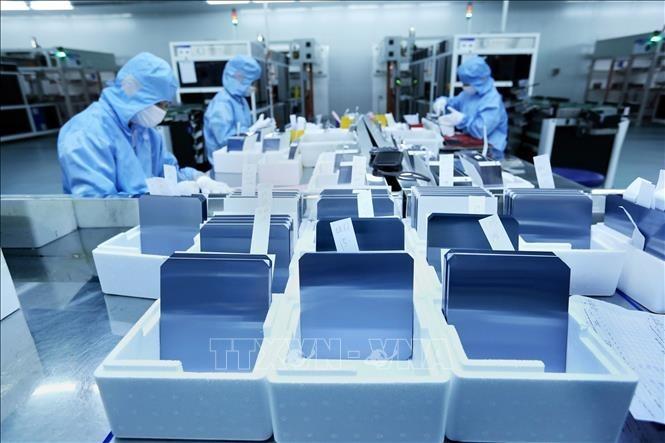 Vietnam sets sights on third wave of FDI rebound - ảnh 1