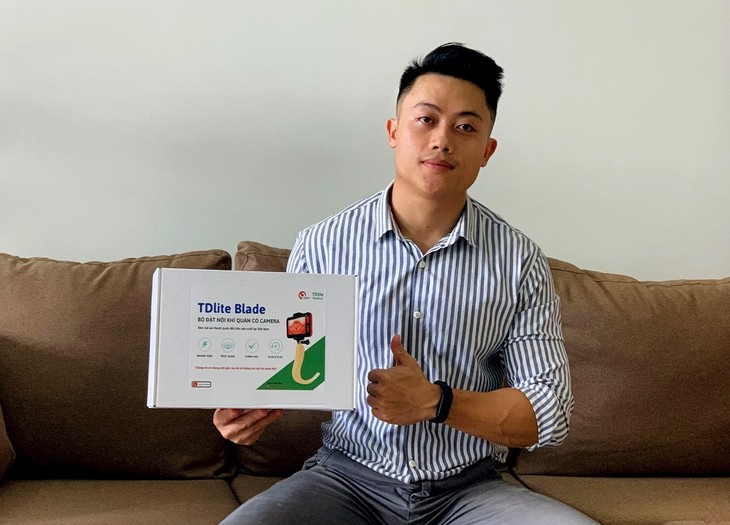 Medical student invents equipment to support COVID-19 treatment - ảnh 1