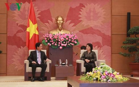 Chủ tịch Quốc hội tiếp Đại sứ Trung Quốc và Đại sứ Australia - ảnh 1