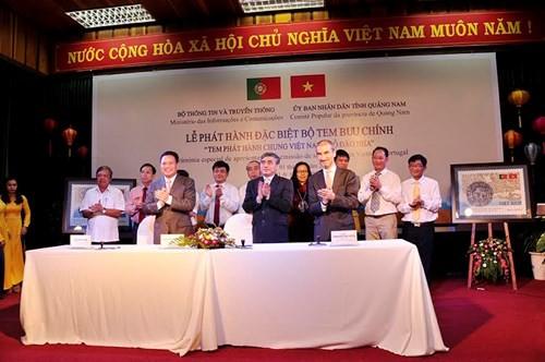 """Phát hành bộ tem bưu chính """"Tem phát hành chung Việt Nam - Bồ Đào Nha"""
