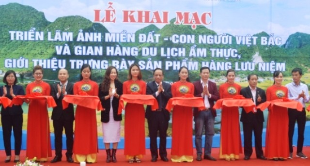 """Chương trình du lịch """"Qua miền di sản Việt Bắc"""": Tôn vinh và phát huy nhiều giá trị văn hóa lịch sử - ảnh 1"""