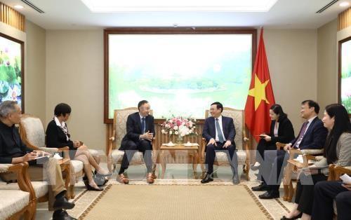 Phó Thủ tướng Vương Đình Huệ: Chính phủ tạo thuận lợi để các doanh nghiệp nước ngoài hoạt động lâu dài tại Việt Nam - ảnh 1