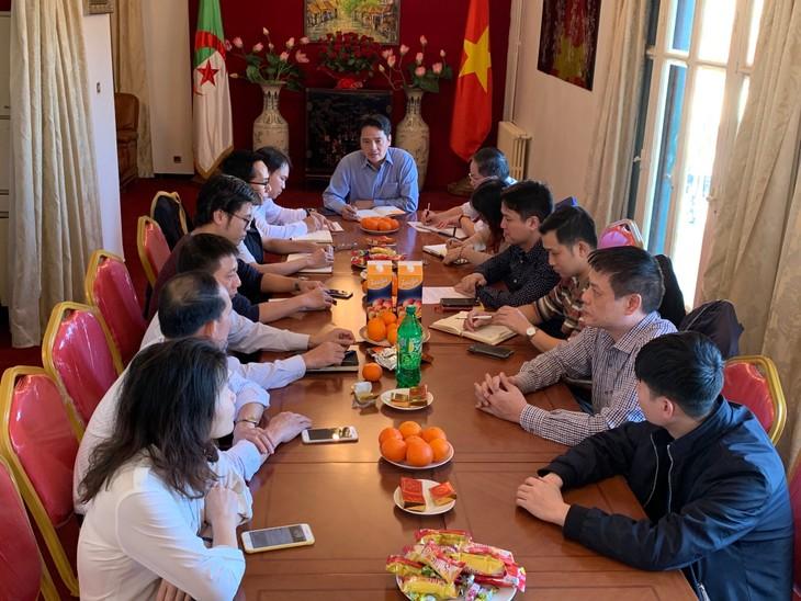 Tọa đàm kỷ niệm 90 năm ngày thành lập Đảng Cộng sản Việt Nam - ảnh 3