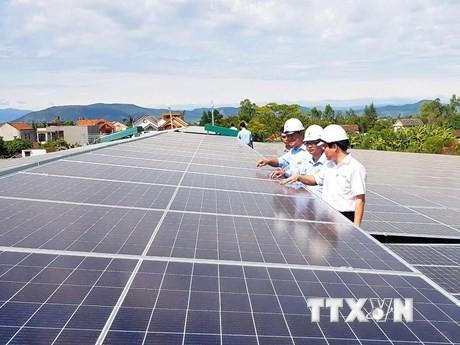 Gần 20.000 dự án điện mặt trời mái nhà được lắp đặt - ảnh 1