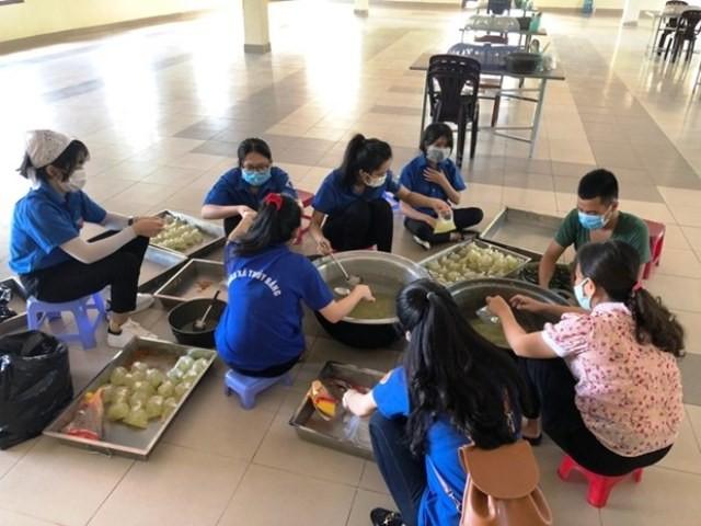 Tuổi trẻ Thừa Thiên - Huế hỗ trợ tuyến đầu phòng, chống dịch COVID-19 - ảnh 1