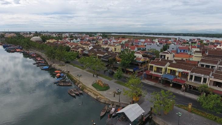 Nghe Đài Tiếng nói Việt Nam trong khu phong tỏa ở Hội An - ảnh 4