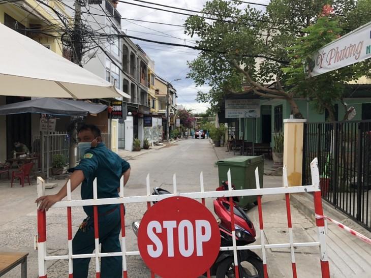 Nghe Đài Tiếng nói Việt Nam trong khu phong tỏa ở Hội An - ảnh 1