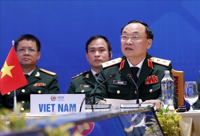 Hợp tác quân sự vì một ASEAN gắn kết và chủ động thích ứng - ảnh 2
