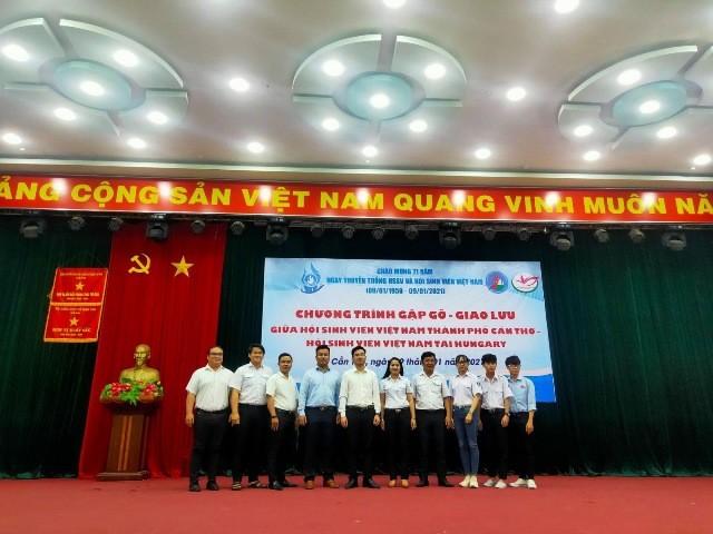Đảng CSVN với vai trò tập hợp thế hệ trẻ người Việt ở nước ngoài - ảnh 2