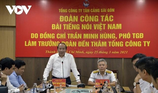 Đoàn công tác Đài Tiếng nói Việt Nam làm việc với Tổng Công ty Tân Cảng Sài Gòn - ảnh 1