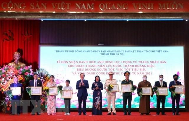Hà Nội triển khai Cuộc thi viết về gương người tốt, việc tốt - ảnh 1