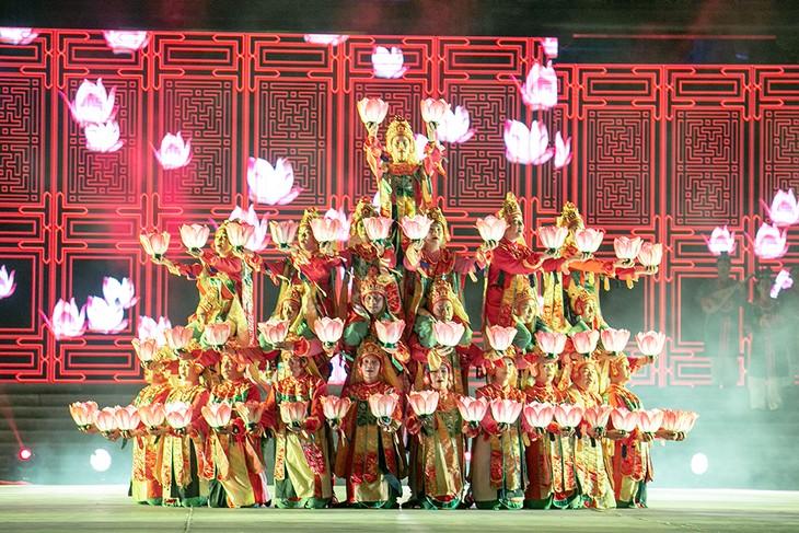 Đại lộ Di sản: Mãn nhãn với màn trình diễn tinh hoa văn hóa của 8 quốc gia - ảnh 19