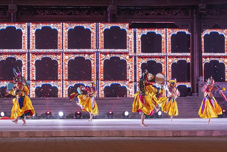 Đại lộ Di sản: Mãn nhãn với màn trình diễn tinh hoa văn hóa của 8 quốc gia - ảnh 23