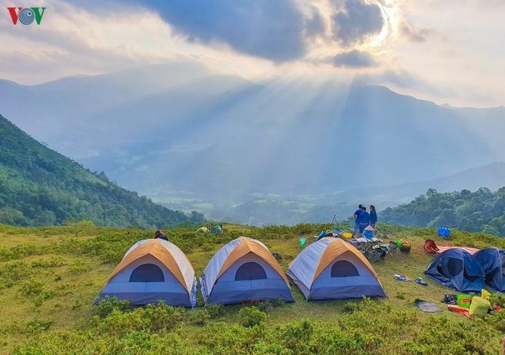 Vùng cao Quảng Ninh thu hút du khách trải nghiệm trong mùa thu - ảnh 12