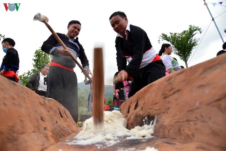 Bánh giầy trong đời sống đồng bào Mông Tây Bắc - ảnh 7