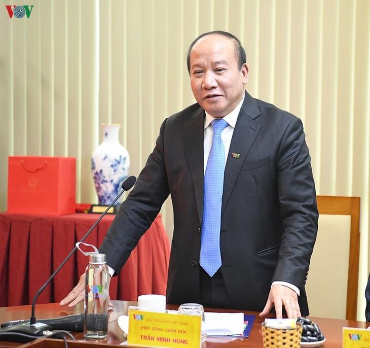 Hình ảnh: Thủ tướng Nguyễn Xuân Phúc thăm và làm việc với VOV - ảnh 10