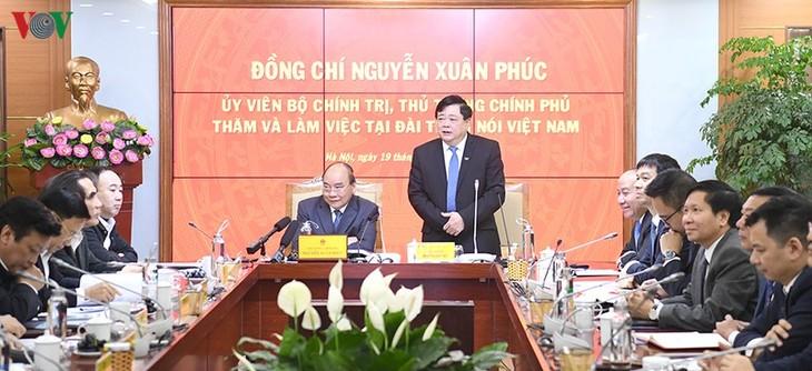 Hình ảnh: Thủ tướng Nguyễn Xuân Phúc thăm và làm việc với VOV - ảnh 1
