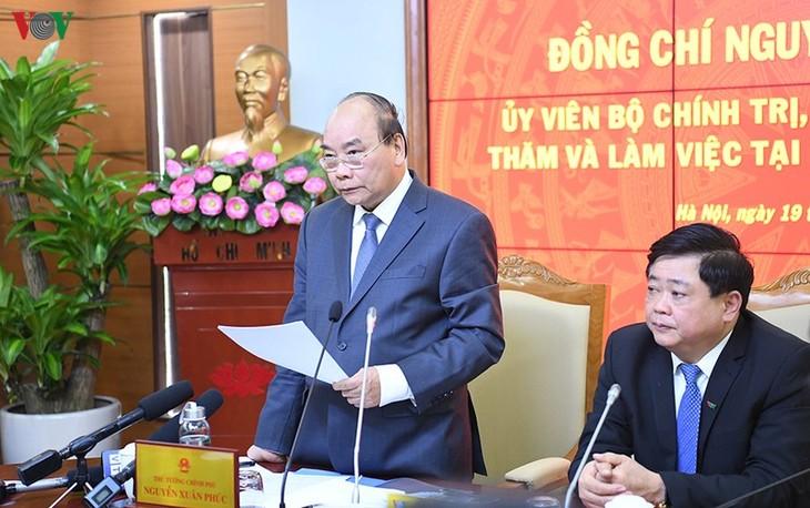 Hình ảnh: Thủ tướng Nguyễn Xuân Phúc thăm và làm việc với VOV - ảnh 13