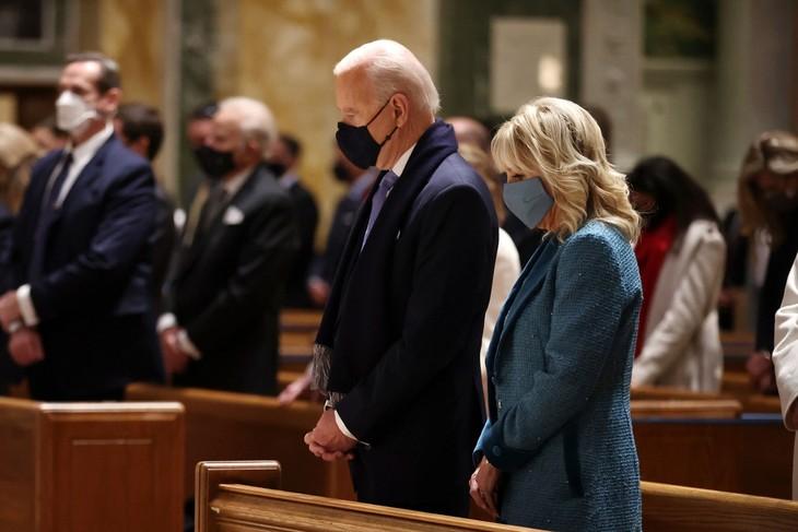 Trực tiếp: Ông Joe Biden chính thức trở thành Tổng thống Mỹ thứ 46 - ảnh 17