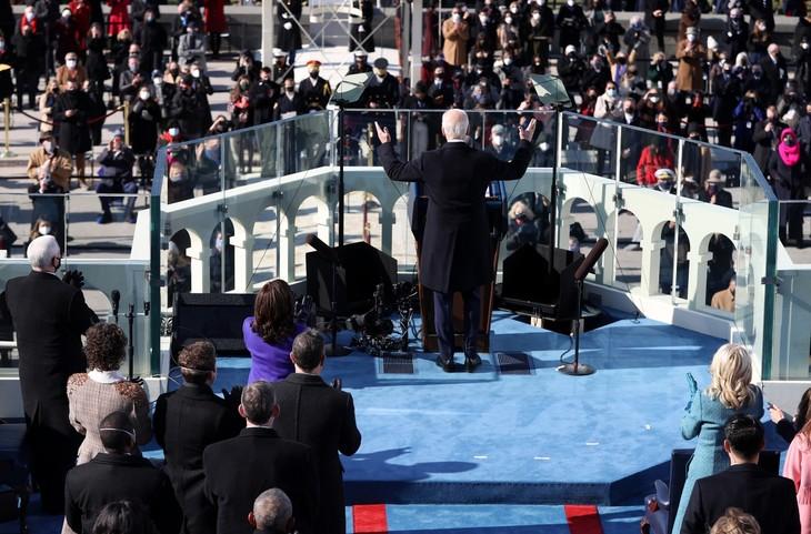 Trực tiếp: Ông Joe Biden chính thức trở thành Tổng thống Mỹ thứ 46 - ảnh 4