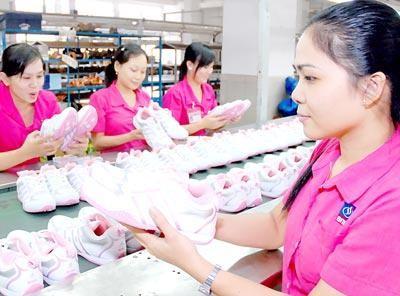 Gobierno vietnamita ayuda a la recuperación y el desarrollo de las empresas - ảnh 2