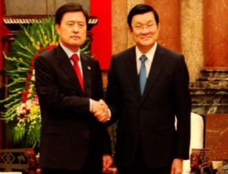 Dispuesto Vietnam a facilitar inversiones surcoreanas - ảnh 1