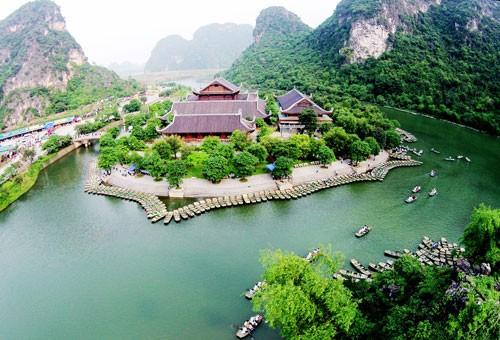 Vietnam se esfuerza en proteger el conjunto de paisajes de Trang An, nuevo Patrimonio Mundial - ảnh 1