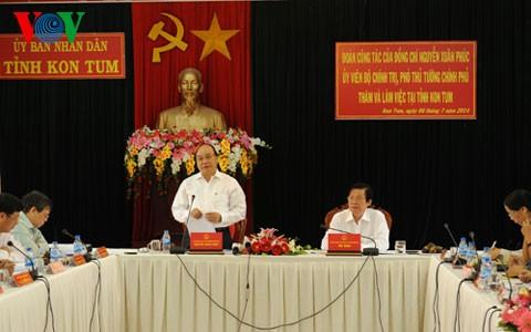 Vice premier exhorta cumplimiento de objetivos socioeconómicos en Kon Tum - ảnh 1