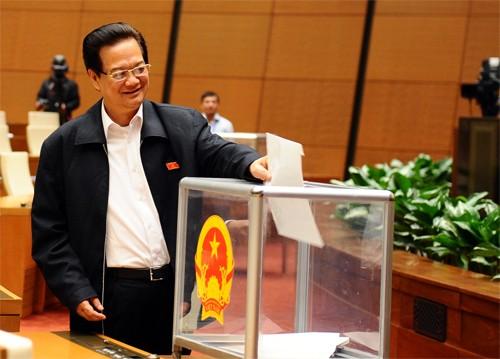 Frutos relevantes del Octavo período de sesiones del Parlamento vietnamita - ảnh 2