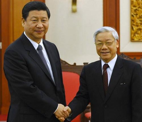 Sostienen diálogos telefónicos líderes partidistas de Vietnam y China - ảnh 1