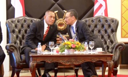 Malasia e Indonesia fortalecen cooperación contra Estado Islámico - ảnh 1